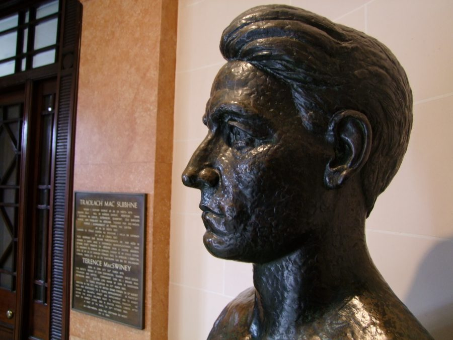 Terence MacSwiney bust by Seamus Murphy, Cork City Hall (picture: Kieran McCarthy)
