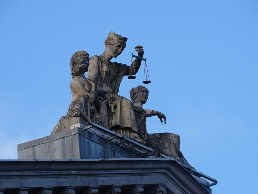 Scales of Justice atop Cork Court House, present day (picture: Kieran McCarthy)