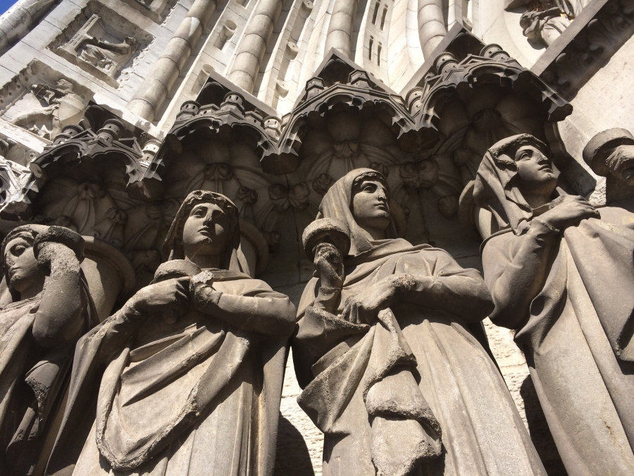 Statues at front of St Finbarre's Cathedral, present day (picture: Cllr Kieran McCarthy)