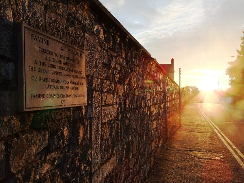 Commemorative Great Famine Memorial Plaque, Douglas Road, Cork, present day (picture: Kieran McCarthy)