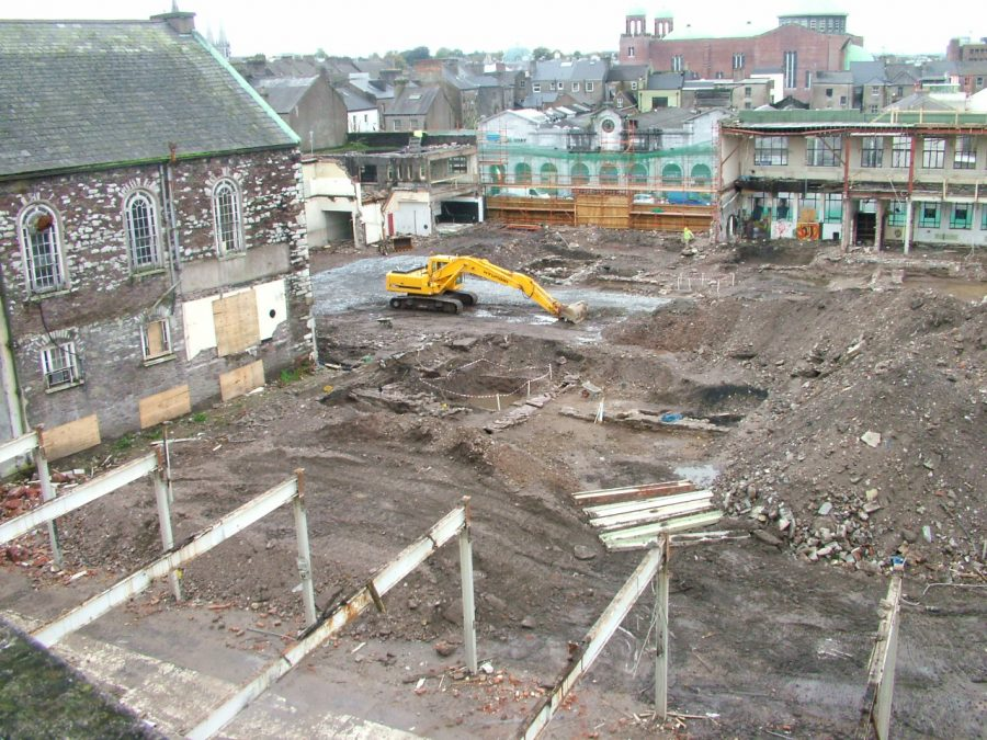 Archaeological digs ongoing behind Guy's Building and its surrounding landbank on Cornmarket Street , Cork October 2005, (picture: Kieran McCarthy)