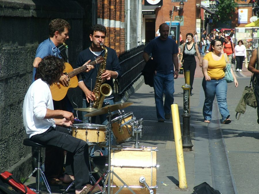 Summer Music, Buskers at Paul Street (picture: Kieran McCarthy)