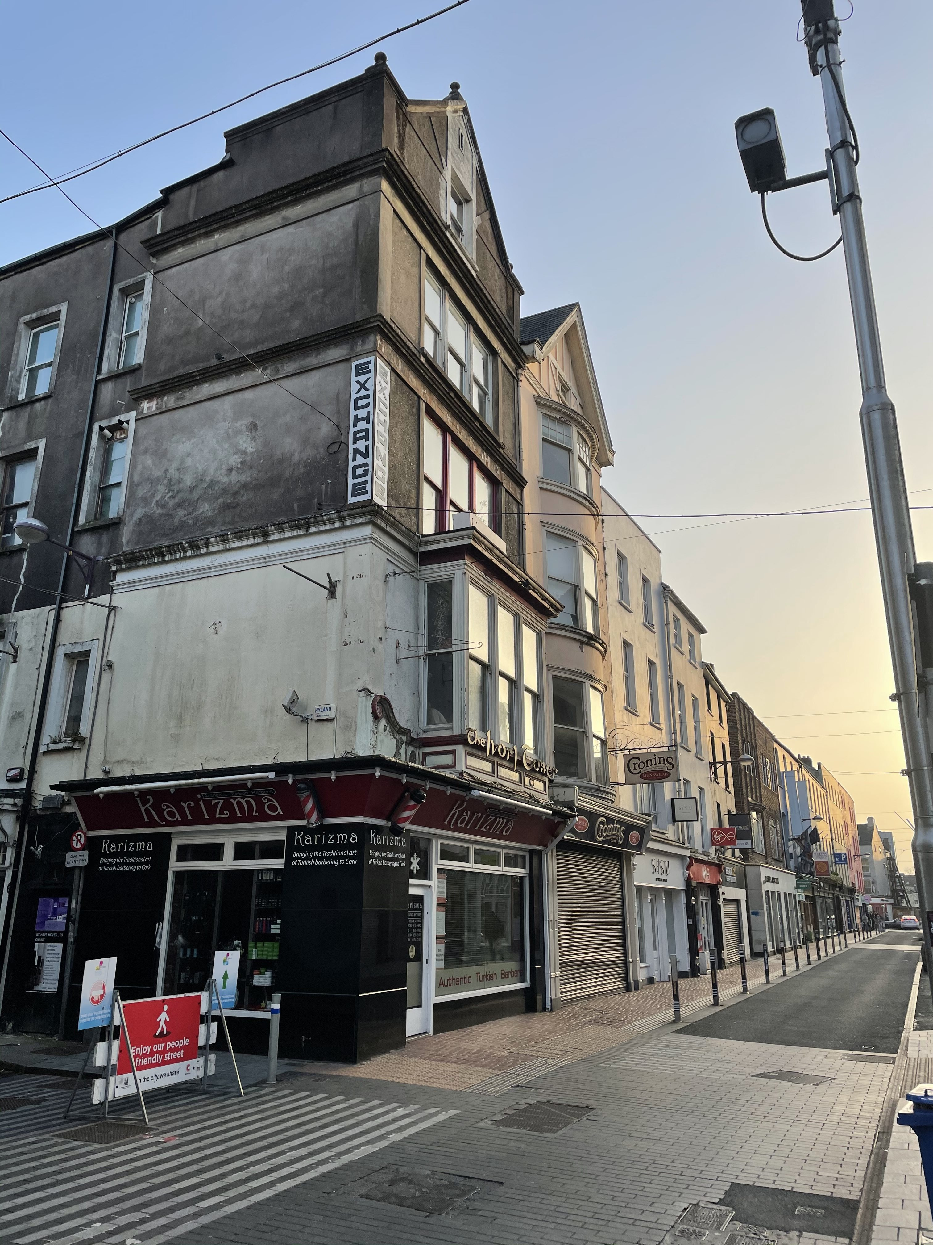 End-of-terrace single-bay four-storey gable-fronted premises, c. 1880,  Oliver Plunkett Street, Cork, present day (picture: Kieran McCarthy)