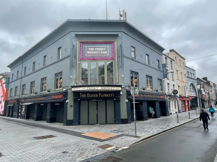 Former ESB show room building, built c.1931, Caroline Street and Oliver Plunkett Street, present day (picture: Kieran McCarthy)