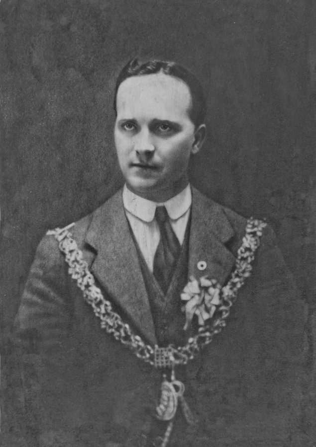 Lord Mayor Alderman Tomás MacCurtain on his mayoral election night, 30 January 1920 (source: Cork City Library)