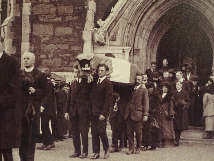 Coffin of Terence MacSwiney being taken from the North Cathedral, 31 October 1920 (source: Cork City Library)