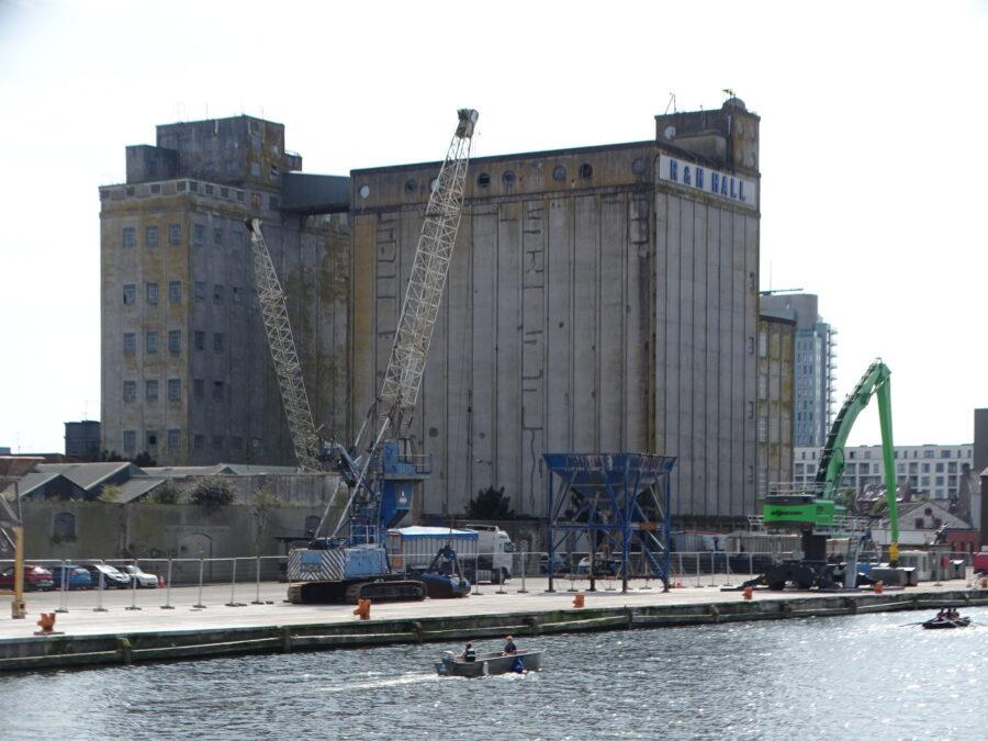 R & H Hall Grain Silo, Cork South Docks, July 2021 (picture: Kieran McCarthy)